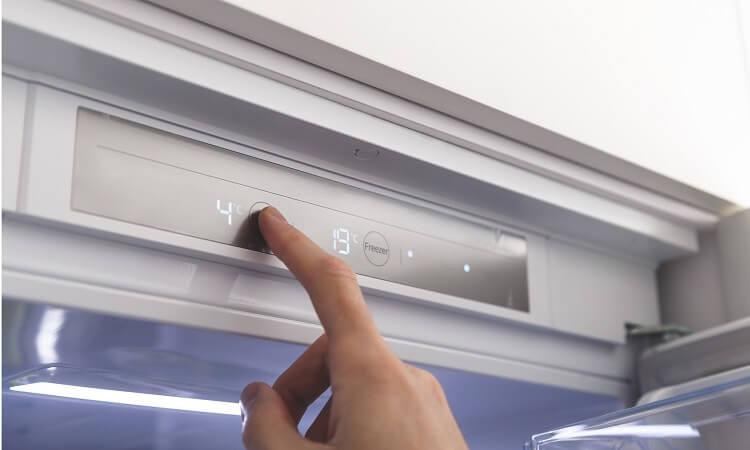 How Do I Reset My LG Refrigerator's Ice Maker?